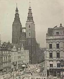 [Wrocław, ul. Kurzy Targ, Rynek 30-32]