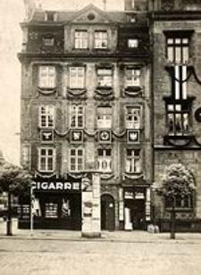 Am Rathaus 7/8. (Westseite) im Festschmuck Juni 1937