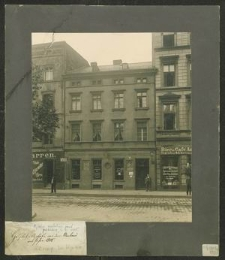 Hospital-Apotheke vor dem Umbau im Jahre 1905
