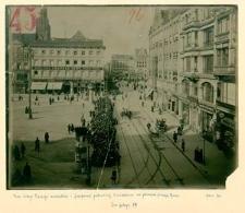 Kriegsjahr 1916. Ansammelung von Menschen am 31 März 1916, auf dem Blücherplatz, die in den Buttergeschäften am Ring No. 5 u Ring 3 je ¼ Pfund Butter kaufen wollten.
